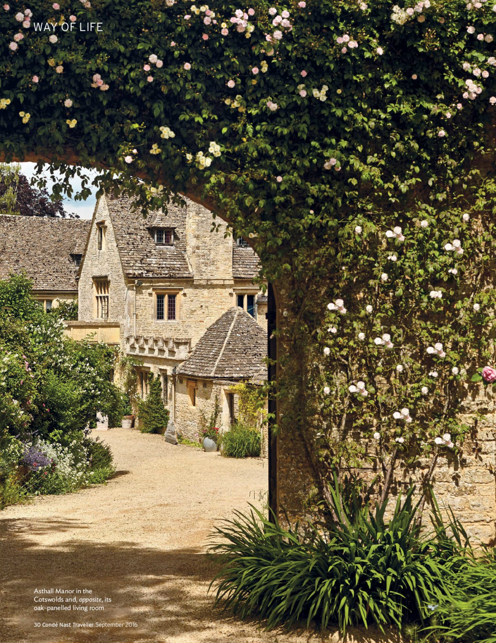 Asthall-Manor-Cotswolds-Sunny-Day